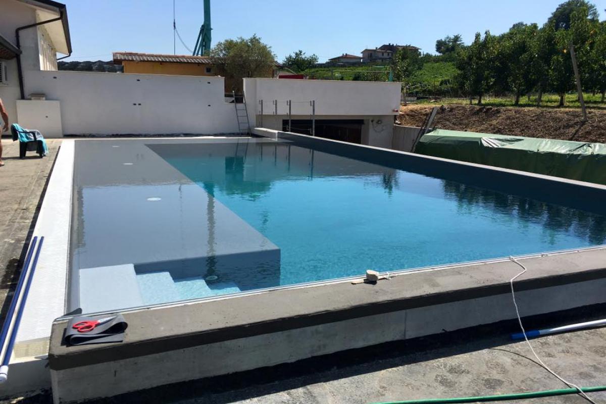 piscina-fase-costruzione_1200x800